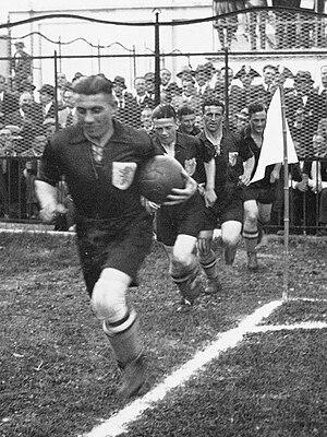 Puck van Heel - Van Heel (front) playing for the Netherlands national football team in the 1934 World Cup.