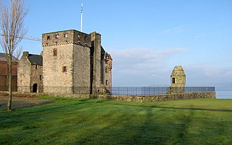 Newark Castle, Port Glasgow - Original gatehouse, tower house and corner tower