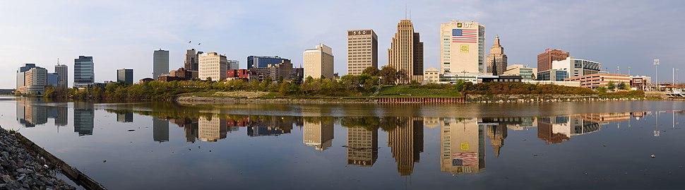 Skyline of downtown Newark, seen from Harrison