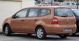 Nissan Grand Livina (first generation) (rear), Serdang.jpg