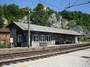 Notranje Gorice-train station.jpg