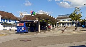 Oetwil am See - Image: Oetwil am See Busbahnhof