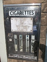 Old cigarette machine - geograph.org.uk - 563874.jpg