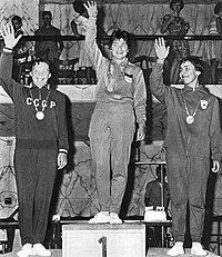 Olimpiadi 1960 podio fioretto femminile.jpg