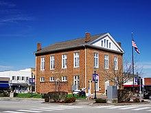Overton-County-Courthouse-SE-tn.jpg