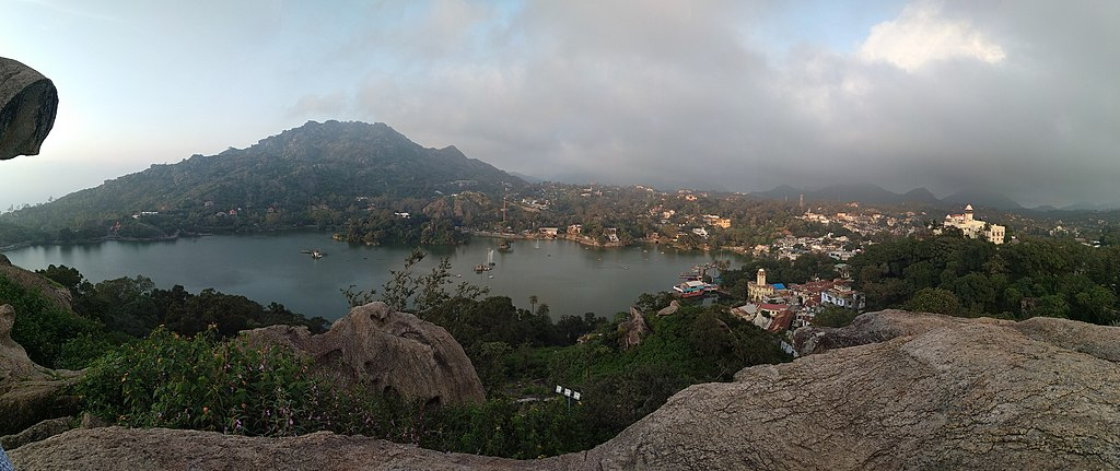 Panoramic view of Mount Abu, Rajasthan