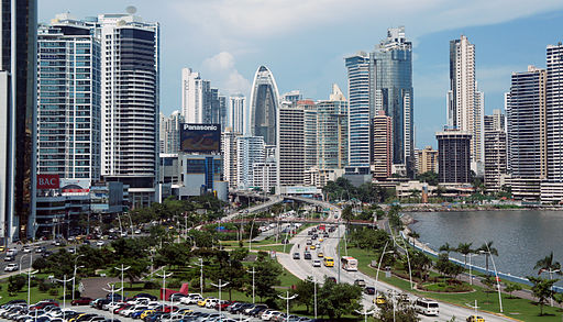 Panama 08 2013 Ave Balboa 7044