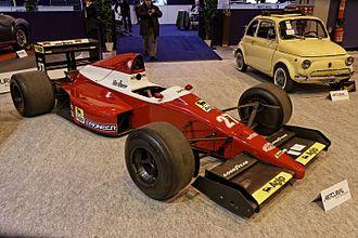 Dallara F189 - Image: Paris Retromobile 2014 BMS Dallara Formule 1 1989 002