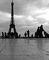 Paris Parvis des Droits de l'homme 20081225 Eiffel Tower (02).jpg