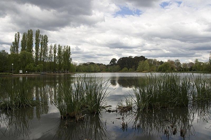 File:Parkes ACT 2600, Australia - panoramio (36).jpg