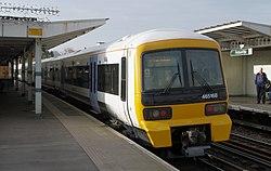 Peckham Rye railway station MMB 01 465168.jpg