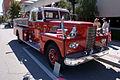 Peter Pirsch and Sons Closed Cab Sedan 1968 Fire Truck Sarasota Fire Department RSideFront Lake Mirror Cassic 16Oct2010 (15064773371).jpg