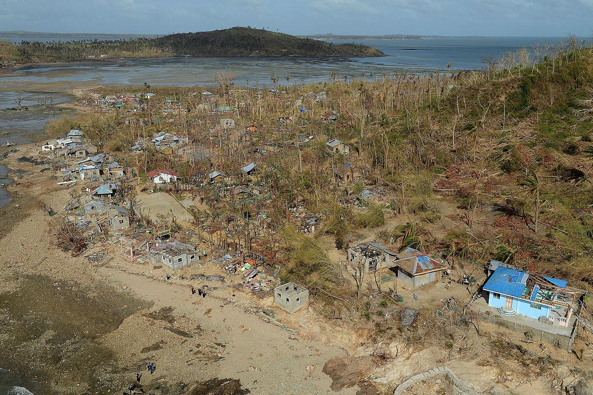 Philippine island of Binuluanguan Following Typhoon Haiyan MOD 45156472.jpg