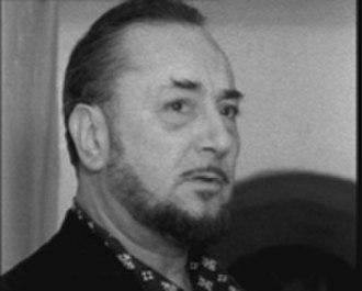 Pierre Brasseur - Image: Pierre Brasseur en 1961 dans le film Mon frère Jacques par Pierre Prévert