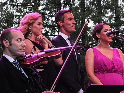 Picture of a band or musician: Pink Martini