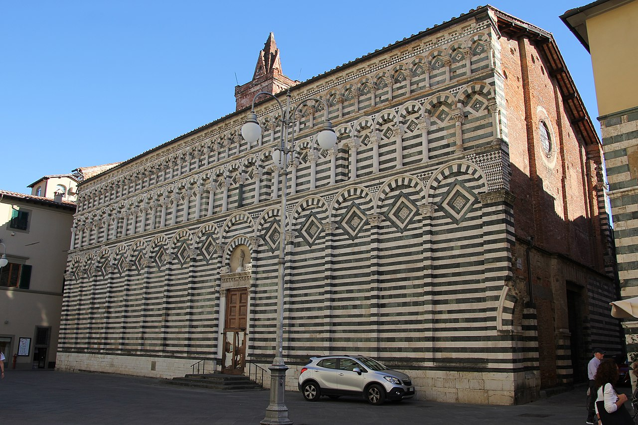 Pistoia, chiesa di San Giovanni Fuorcivitas (01).jpg