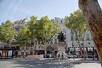 Place Henri-Mondor, Paris 2 August 2015.jpg
