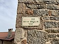 Plaque Rue Adrien Arcelin - Solutré-Pouilly (FR71) - 2021-03-02 - 2.jpg