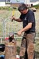 Plougoulm - Gouel an Eost 2011 - Remplacement du fer d'un cheval étape 009.jpg