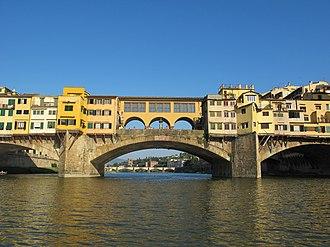 Ponte Vecchio - View downriver to the Ponte Vecchio