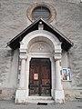 Porche de l'Église de Saint-Quentin-sur-Isère.jpg