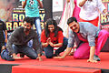 Promotional rickshaw race for 'Rowdy Rathore' (3).jpg