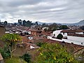 Pueblo mágico de Pátzcuaro desde el Mirador de los Once patios 02.jpg