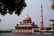 Putrajaya Mosque 2288564202 525ee843c2.jpg