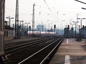 Görlitz–Dresden railway - Dresden-Görlitz Regional-Express in Dresden-Neustadt station