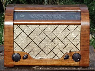 Antique radio Vintage telecommunication audio receiver
