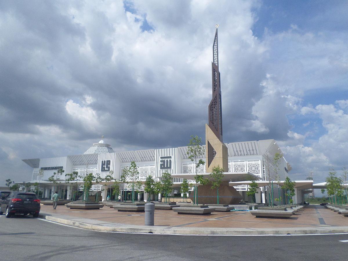 Raja Haji Fisabilillah Mosque Wikipedia