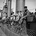 Ranskalainen torpedoristeilijä Temeraire vierailulla Helsingissä. - N1943 (hkm.HKMS000005-000001a0).jpg