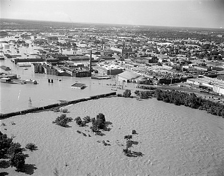 Flooding of Old Manchester during Hurricane Agnes, 1972 Richmond After the Flood (7790622530).jpg