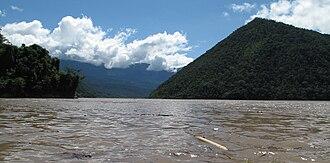 Tambo River (Peru) - View of the Tambo River near Puerto Prado