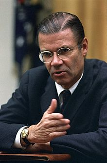Robert McNamara at a cabinet meeting, 22 Nov 1967.jpg