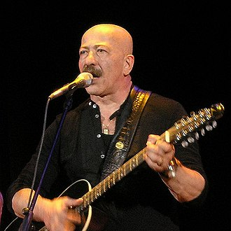 Russian chanson - Alexander Rosenbaum is known as both a bard and a performer of Russian chanson