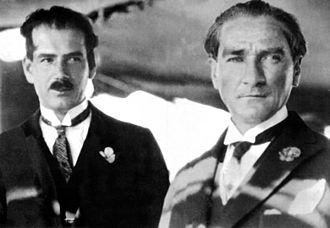 Atatürk's Reforms - Ruşen Eşref (Ünaydın) and Mustafa Kemal (Atatürk) on the deck of Ertuğrul yacht on June 5, 1928.