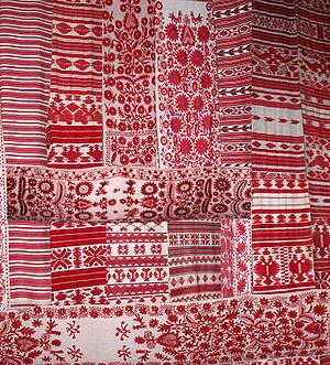 Rushnyk - Rushnyk - Ukrainian embroidered and woven ritual cloth. Pereiaslav-Khmelnytskyi, Ukraine.