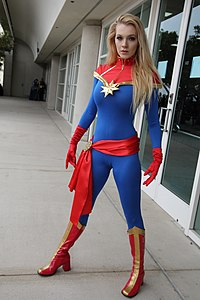 SDCC 2018 - Captain Marvel cosplay (43613622091).jpg
