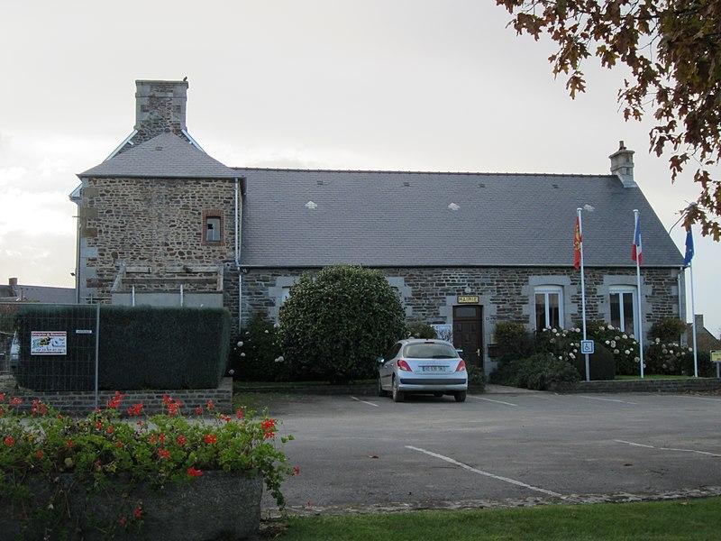 Mairie de fr:Saint-Aubin-de-Terregatte