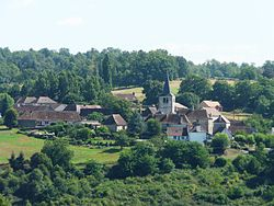 Saint-Paul-la-Roche village.JPG