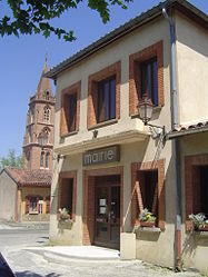 The town hall in Sainte-Foy-d'Aigrefeuille