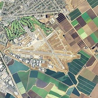 Salinas Municipal Airport - USGS 2006 Orthophoto