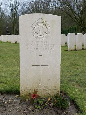 Sanctuary Wood Commonwealth War Graves Commission Cemetery - Image: Sanctuary Wood Cemetery 12