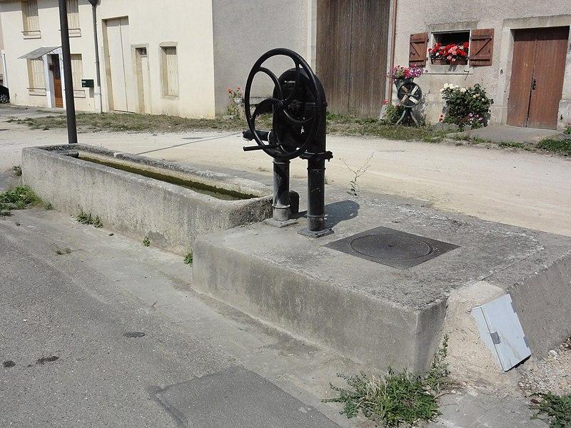 Sanzey (Meurthe-et-M.) pompe B