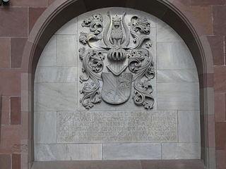 dalle funéraire de l'évêque Robert de Bavière à Saverne
