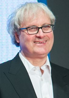 Simon Curtis (filmmaker) British film director and producer