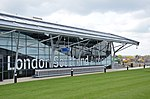 Southend Airport terminal. (geograph 2919596).jpg
