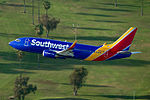 Southwest Boeing 737-3H4 making a go-around at LAX.jpg