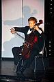 """Stadtkulturpreis Hannover 2013 (134) Der Künstler Martin Mall am Cello im ersten Teil seiner Darbietung aus dem Programm vom GOP Wintervarieté """"Lichtgestalten"""".jpg"""